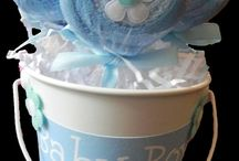 Babies Showers  and Homemade Baby stuff / by Linda Nohe