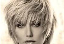 hair, nails and make-up / by Miranda Nieuwland