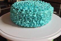 Cakes / by Gloria Garcia