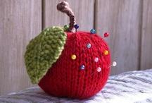 Knitting ideas / by Rachel Goodsall
