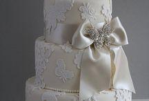 Wedding Cakes / by deBebians