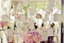 Wedding Guest Book Ideas / Cool guest book ideas for your wedding! / by MODwedding
