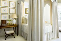 Canopy Beds / Dreamy and Romantic Beds for the Ultimate Bedroom Oasis. / by Melanie Duncan