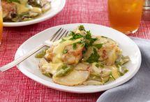 Food & Recipes- Crock pot  / by Honesty Noyce