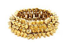 Jewelery I would wear / by Misty Beaches
