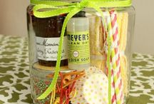 gift basket ideas / by Kelly Werry