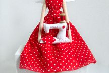 Dolls & Softies & Plushies & Felties & Toys / by Aurelia Caetano