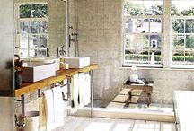 Casa / Bathroom! / by Christina Hamilton