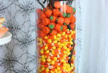 Holiday Candy Ideas / by Debbie Morgan