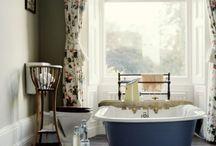 Bathroom / by Leah Radetsky
