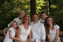 Large Family Pictures / by Meredith Reynolds