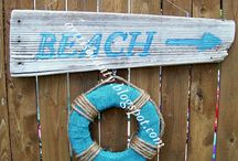*Wall Decor & Signs* / by Vicky S.
