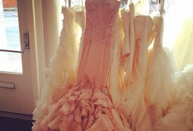 yes to the dress / by Georgina Diaz