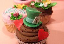 Cupcakes / by Marvella Franco