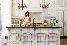 Kitchens / by Rosie Balmer