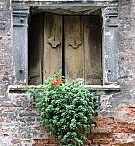 Old Doors and Windows / Beautiful uses for old windows and doors / by Krystle Walsh