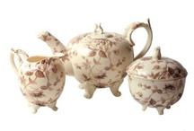 Teapots / by Pat Rosengrants