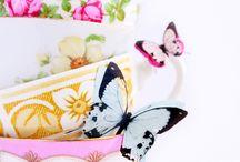 Cups & mugs / by Hera Tania Widyastuti