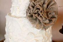 wedding cakes / by Lauren Mandle
