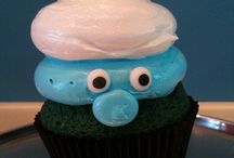 Beautiful Cakes & Cupcakes / by Margari Bolivar