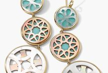 Jewelry & accessories / by Laura Zwald