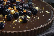 Sweets & treats / by Dianna Sharpe