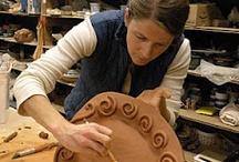 keramiek schalen , kommen en potten / by tineke wiendels