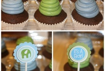 cupcakes! / by Lacy Mallare Nielsen