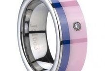 I ♥that ring!!!! / by Kari Bridgewater