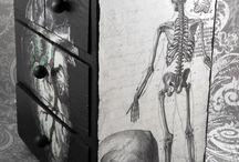 skull love / by Jonnie Tucker