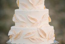 CAKES!!! / by Kimberly DeCuffa
