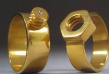 Bracelets | Jewelry | Straps | / by Bjorn Mulder