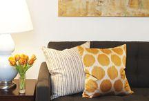 decor: dark leather sofa / decor ideas for rooms with a dark (leather) sofa / by Annabeth Horsley