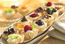 Favorite Recipes - Desserts / by Joanne Schols