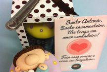 Santo Antônio/ Saint Anthony / O Santo Casamenteiro!!!!! dia 13 de junho é a sua data!!! / by Andrea Tardin