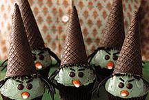 Halloween / Halloween : Holiday party ideas, snacks, treats, decor, & event inspiration / by Sendo