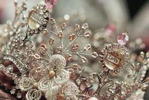 Tiaras & Crowns / by Lori Kenyon