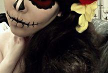 Halloween / by Torri Terrones