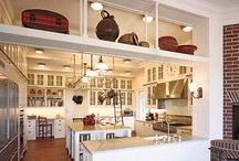 Kitchens / by Michelle Sheasby