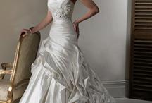 wedding dresses / by Cytheria Hand