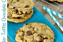Cookies / by Suzze Tiernan