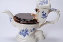 teapots / by Rachele Herimann