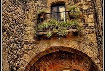 Places I'd Like to Go / by K.A.M. GreenOaks