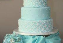 Emily / Wedding cake ideas / by Karissa Wys