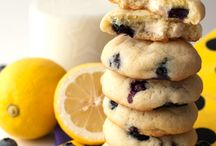 COOKIES AND SUCH / by Sherry Siler Reddekopp