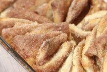 Snacks & Desserts / by Jennifer Jones