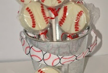 Cake pops / by Mary Goodwin