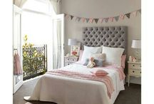 girls bedroom / by Siobhan Griffiths