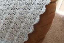 I want to learn how to crochet / by Marissa King