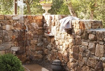 Outdoor showers / by Judy Thompson